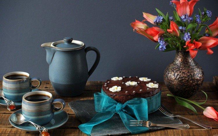 букет, тюльпаны, чай, незабудки, чашки, торт, натюрморт, бант, bouquet, tulips, tea, forget-me-nots, cup, cake, still life, bow
