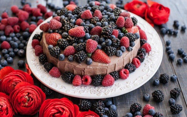 flowers, raspberry, berries, blueberries, the sweetness, cake, pie, blackberry, ranunculus, cream