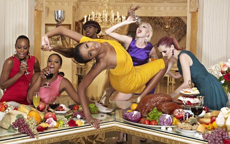 интерьер, платья, еда, вечеринка, фрукты, стол, девушки, бокал, вино, мясо, interior, dresses, food, party, fruit, table, girls, glass, wine, meat