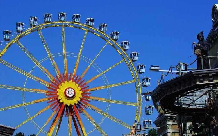 небо, парк, колесо обозрения, город, отдых, аттракцион, парк развлечений, досуг, the sky, park, ferris wheel, the city, stay, attraction, amusement park, leisure