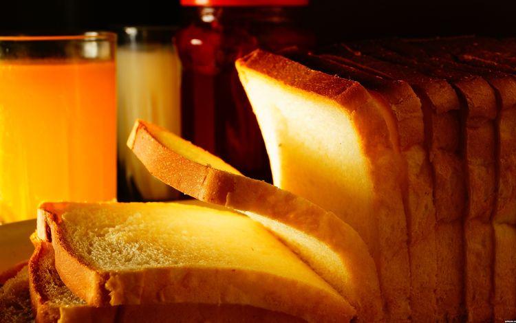 хлеб, стакан, кусочки, выпечка, сок, тосты, нарезка, bread, glass, pieces, cakes, juice, toast, cutting