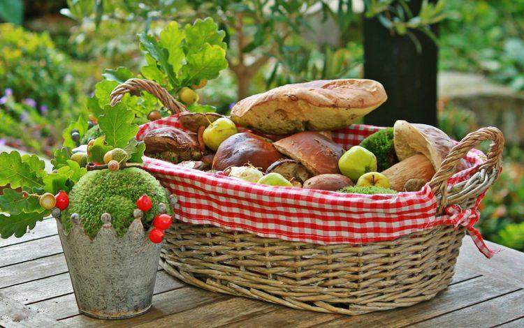 apples, mushrooms, basket