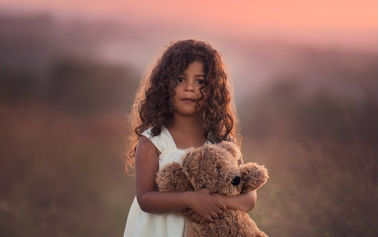 look, children, girl, toy, child, bear, curls, edie layland