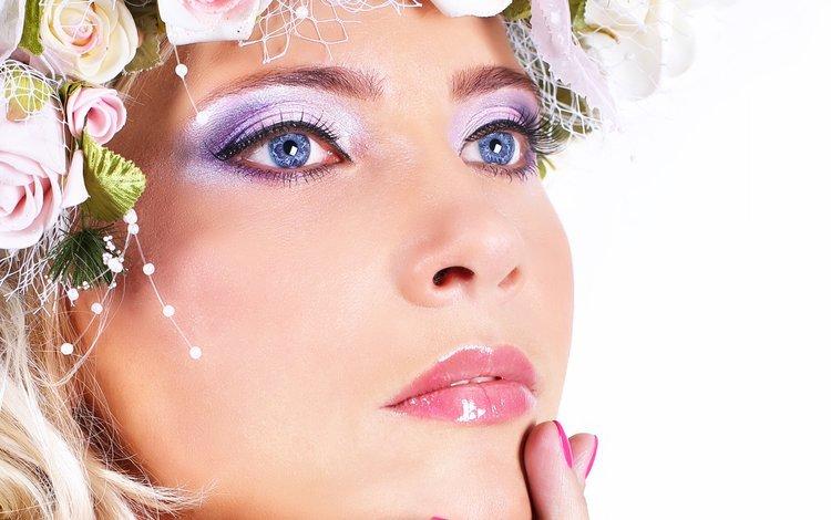 цветы, лицо, рука, пальцы, девушка, голубые глаза, портрет, макияж, взгляд, тени, модель, волосы, губы, flowers, face, hand, fingers, girl, blue eyes, portrait, makeup, look, shadows, model, hair, lips