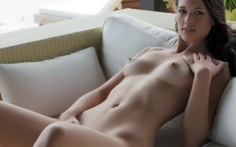 девушка, взгляд, волосы, лицо, пирсинг, голая, girl, look, hair, face, piercing, naked