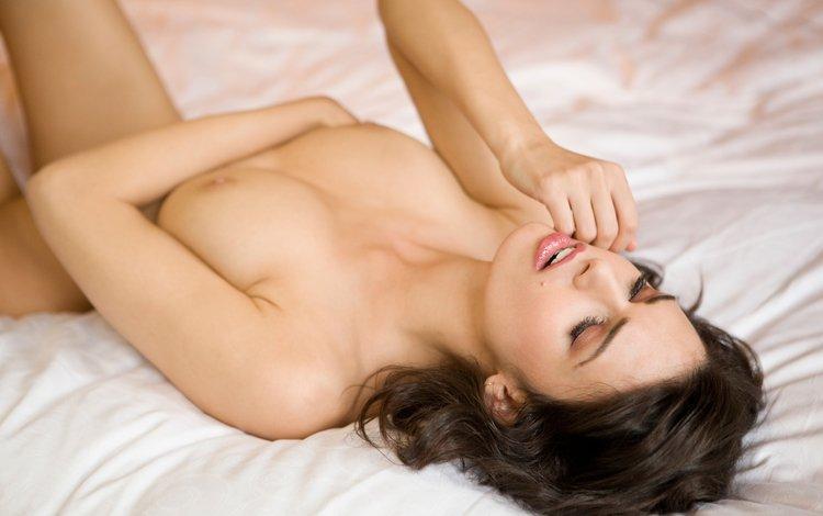 девушка, голая, на кровати, girl, naked, on the bed