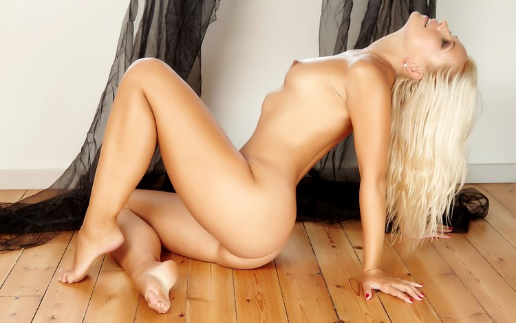 blonde, sitting, naked, jenni, on the floor