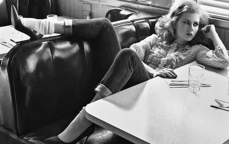 кафе, чёрно-белое, актриса, ресторан, фотосессия, эми адамс, cafe, black and white, actress, restaurant, photoshoot, amy adams