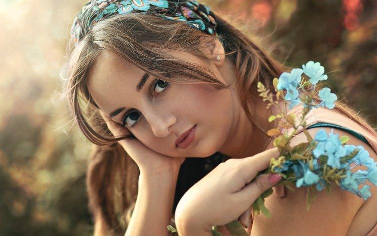 flowers, girl, look, model, lips, face, brown-eyed, carmen gabaldon