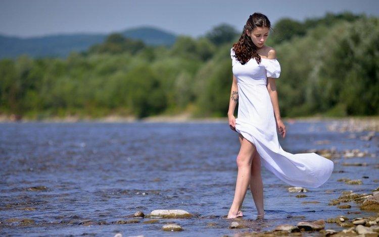 вода, волосы, река, лицо, девушка, белое платье, платье, ivan borys, взгляд, модель, тату, ножки, water, hair, river, face, girl, white dress, dress, look, model, tattoo, legs