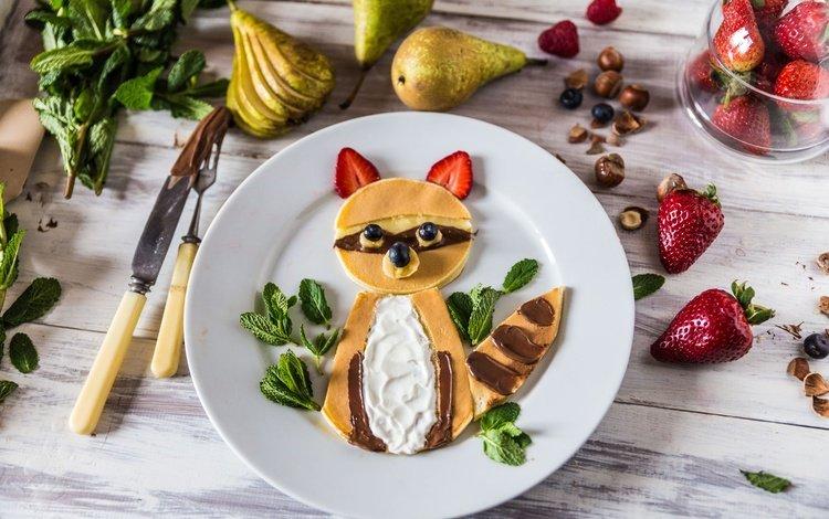 орехи, фрукты, клубника, лиса, ягоды, выпечка, блины, груши, nuts, fruit, strawberry, fox, berries, cakes, pancakes, pear