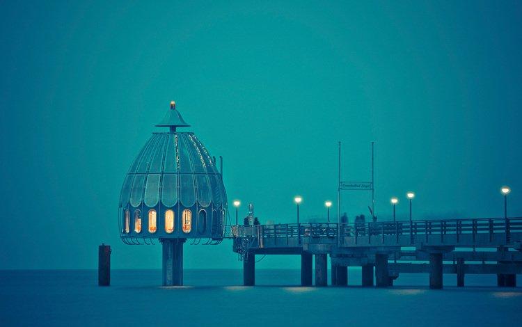 свет, фонари, закат, море, люди, причал, купол, light, lights, sunset, sea, people, pier, the dome