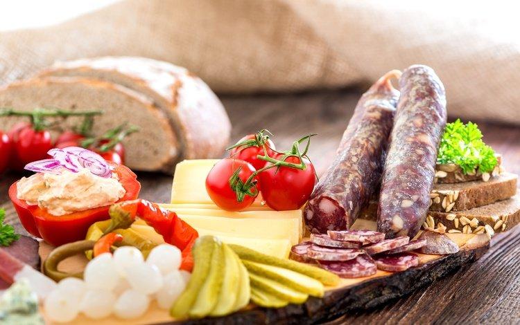 сыр, хлеб, овощи, колбаса, помидоры, соус, огурцы, cheese, bread, vegetables, sausage, tomatoes, sauce, cucumbers