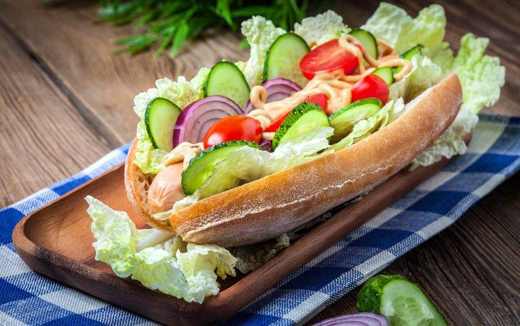 бутерброд, лук, соус, капуста, огурцы, помидоры-черри, sandwich, bow, sauce, cabbage, cucumbers, tomatoes-cherry