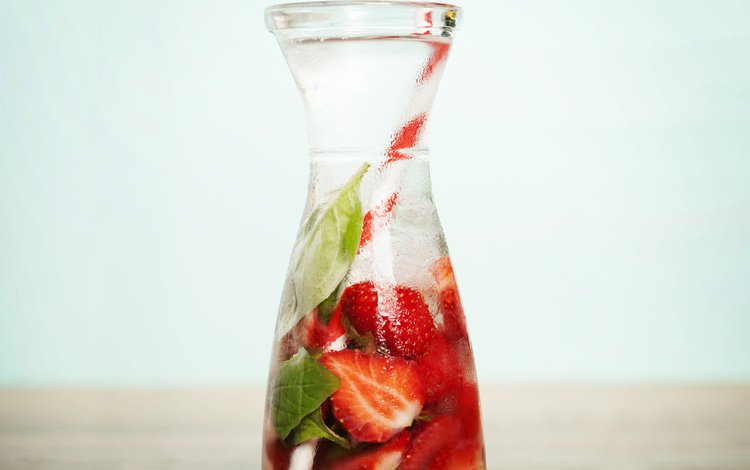 напиток, клубника, лёд, бутылка, трубочка, drink, strawberry, ice, bottle, tube