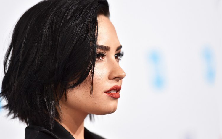 girl, look, hair, face, demi lovato