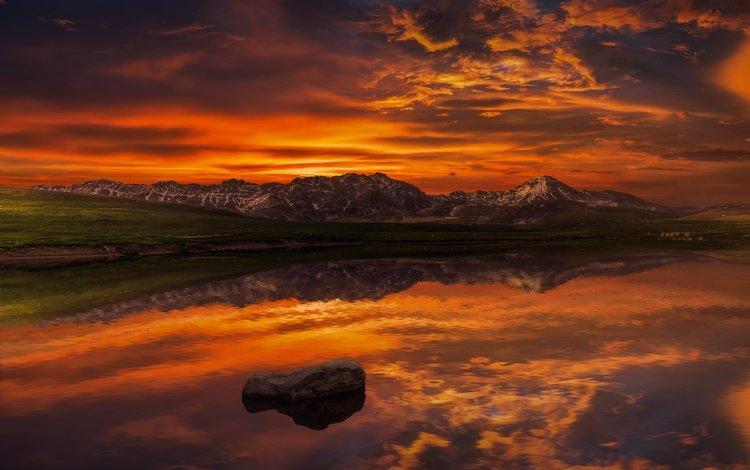 небо, облака, озеро, горы, отражение, горизонт, сумерки, the sky, clouds, lake, mountains, reflection, horizon, twilight