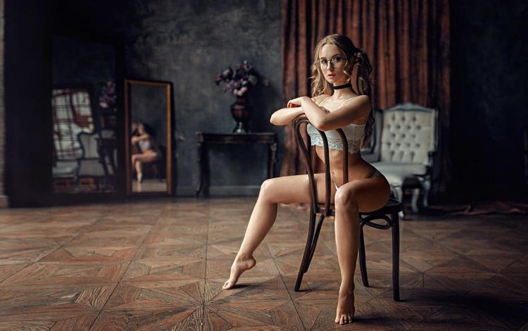 девушка, блондинка, стул, модель, ножки, сидя, георгий чернядьев, lolita, анастасия абрамова, anastasia abramova, girl, blonde, chair, model, legs, sitting, george chernyadev