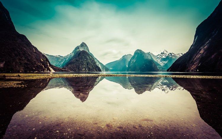 небо, облака, озеро, горы, отражение, новая зеландия, милфорд саунд, the sky, clouds, lake, mountains, reflection, new zealand, milford sound