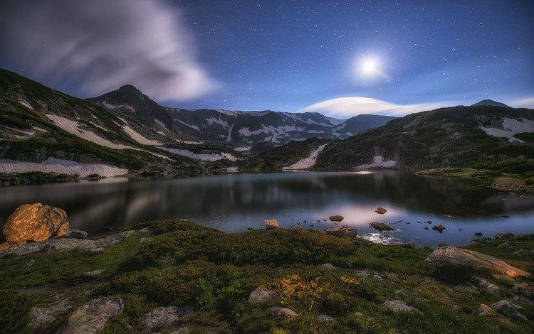небо, облака, ночь, озеро, горы, звезды, луна, krasimir matarov, the sky, clouds, night, lake, mountains, stars, the moon