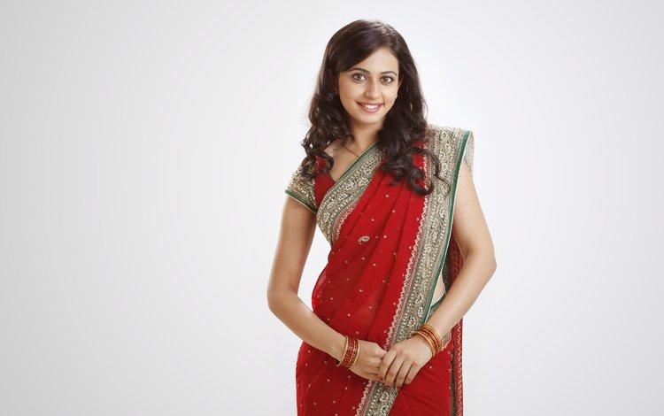 girl, smile, look, hair, face, actress, bracelets, indian, saree, rakul preet singh, traditional clothing