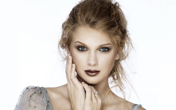 девушка, тейлор свифт, взгляд, волосы, губы, лицо, белый фон, певица, макияж, girl, taylor swift, look, hair, lips, face, white background, singer, makeup