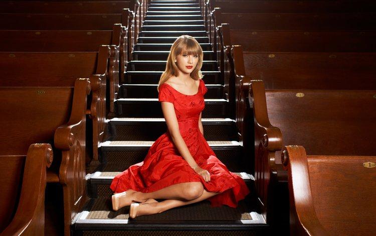 лестница, тейлор свифт, ступеньки, девушка, взгляд, волосы, лицо, певица, красное платье, ladder, taylor swift, steps, girl, look, hair, face, singer, red dress