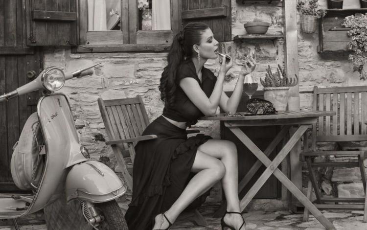 девушка, мотороллер, платье, david dubnitskiy, поза, чёрно-белое, модель, профиль, ножки, помада, girl, scooter, dress, pose, black and white, model, profile, legs, lipstick