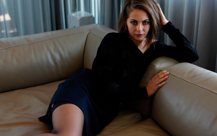 girl, dress, look, hair, lips, face, actress, sofa, willa holland