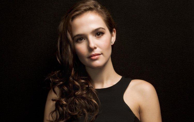 girl, portrait, look, hair, black background, lips, face, actress, zoey deutch