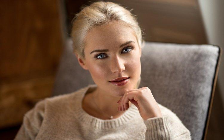 девушка, боке, блондинка, lods franck, джемпер, портрет, взгляд, волосы, лицо, макияж, ева, girl, bokeh, blonde, jumper, portrait, look, hair, face, makeup, eva