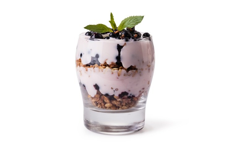 white background, glass, sweet, dessert, currants, muesli, yogurt