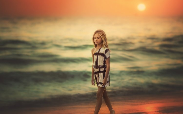 берег, волны, песок, девочка, океан, edie layland, walking ocean sunset, shore, wave, sand, girl, the ocean