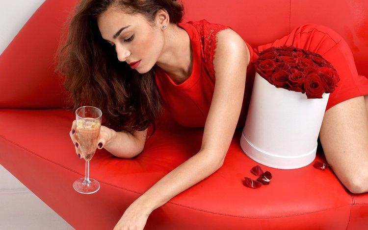 цветы, вино, девушка, макияж, платье, диван, поза, в красном, розы, шатенка, лепестки, модель, бокал, flowers, wine, girl, makeup, dress, sofa, pose, in red, roses, brown hair, petals, model, glass