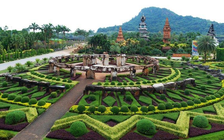деревья, пальмы, камни, таиланд, лес, джунгли, дизайн, nong nooch tropical botanical garden, парк, кусты, панорама, гора, trees, palm trees, stones, thailand, forest, jungle, design, park, the bushes, panorama, mountain