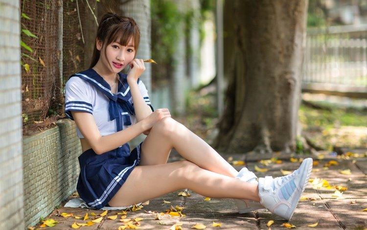 листья, азиатка, девушка, взгляд, осень, форма, ножки, волосы, лицо, leaves, asian, girl, look, autumn, form, legs, hair, face