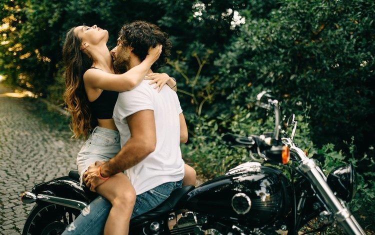 девушка, парень, мотоцикл, поцелуй, страсть, girl, guy, motorcycle, kiss, passion