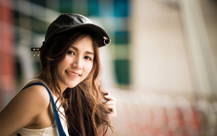 девушка, улыбка, взгляд, волосы, азиатка, кепка, боке, girl, smile, look, hair, asian, cap, bokeh