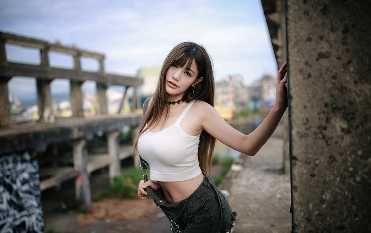 background, pose, makeup, hairstyle, sexy, asian, mike, shorts, brown hair, bokeh