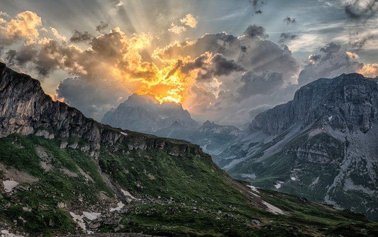небо, облака, горы, природа, пейзаж, солнечный свет, the sky, clouds, mountains, nature, landscape, sunlight