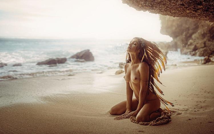 девушка, закрытые глаза, море, георгий чернядьев, поза, марго, блондинка, песок, пляж, модель, голая, girl, closed eyes, sea, george chernyadev, pose, margo, blonde, sand, beach, model, naked