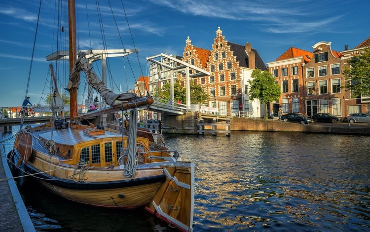 river, bridge, home, yacht, building, netherlands, north holland, the guy near the river, haarlem, spaarne river