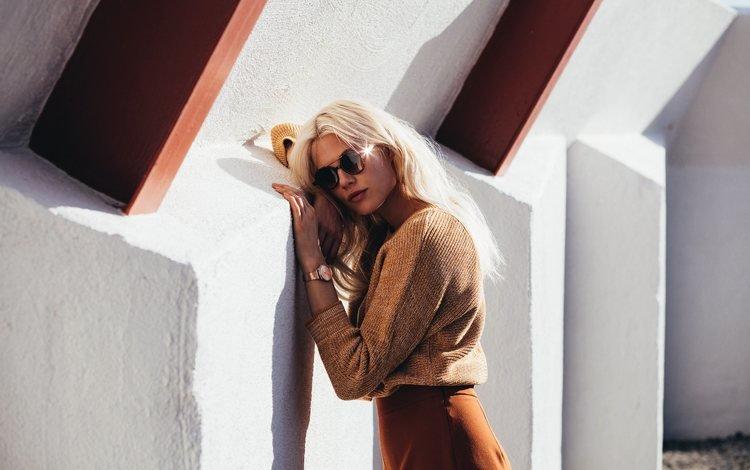 девушка, бекка хиллер, блондинка, взгляд, очки, часы, модель, волосы, лицо, girl, becca hiller, blonde, look, glasses, watch, model, hair, face