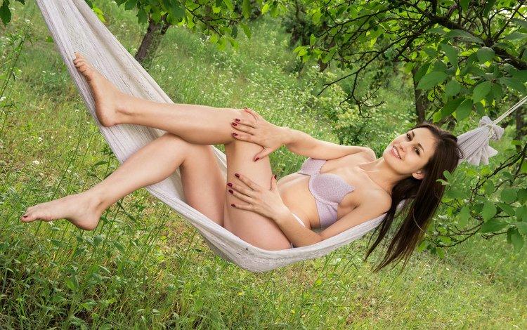 девушка, улыбка, взгляд, красота, гамак, girl, smile, look, beauty, hammock