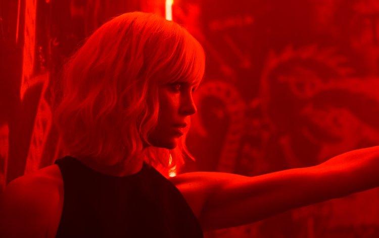 девушка, взгляд, фильм, волосы, лицо, шарлиз терон, взрывная блондинка, girl, look, the film, hair, face, charlize theron, explosive blonde