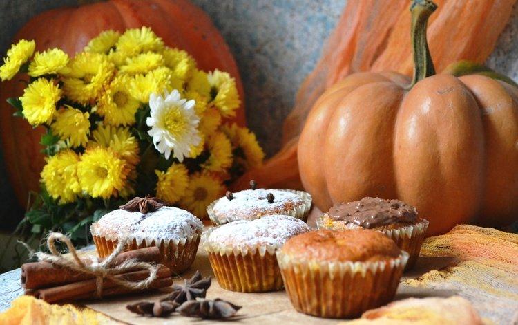 цветы, корица, осень, выпечка, тыква, натюрморт, кексы, бадьян, flowers, cinnamon, autumn, cakes, pumpkin, still life, cupcakes, star anise