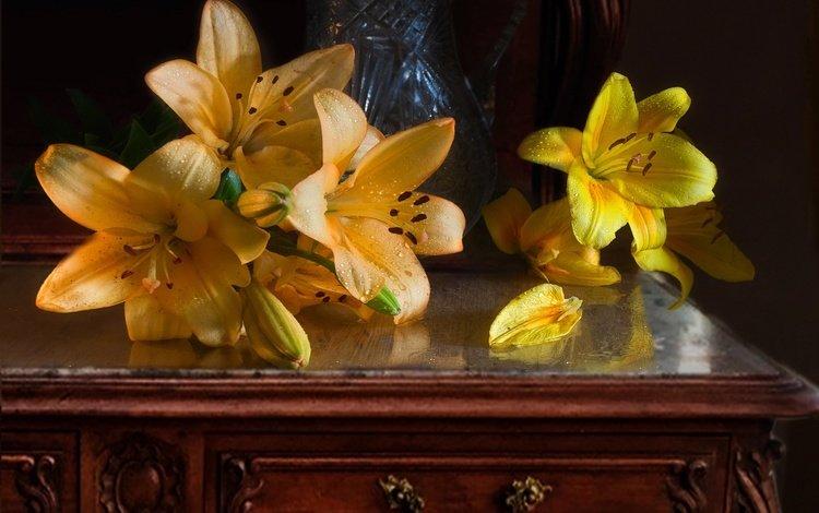 цветы, вода, бутоны, капли, лепестки, лилии, столик, mykhailo sherman, flowers, water, buds, drops, petals, lily, table