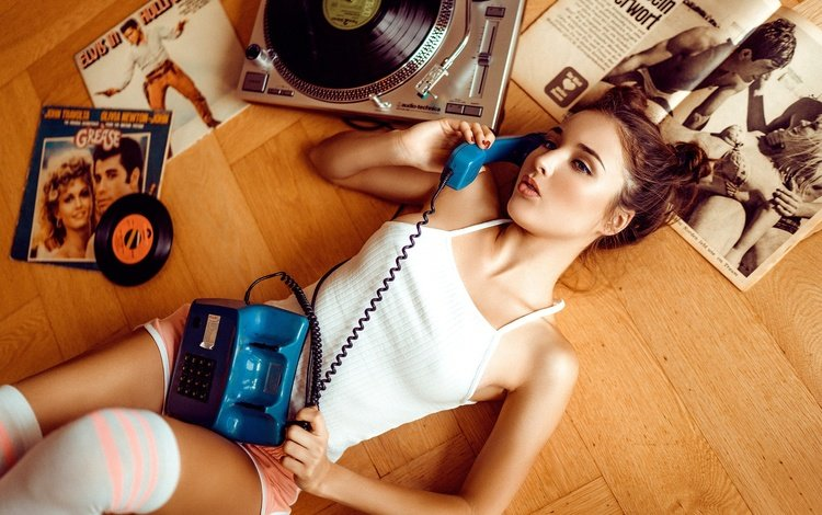 mood, knee, pose, on the floor, shorts, magazines, music, martin rößler, lies, model, vinyl, phone, tube, makeup, hairstyle, player, mike, records, brown hair, bella