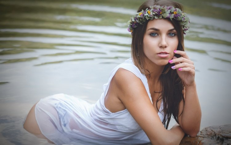 flowers, lake, girl, look, hair, face, wreath, paula