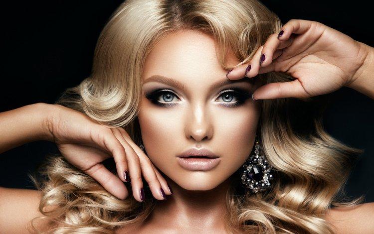 девушка, локоны, блондинка, украшение, взгляд, маникюр, лицо, сережки, руки, голубые глаза, макияж, прическа, girl, curls, blonde, decoration, look, manicure, face, earrings, hands, blue eyes, makeup, hairstyle
